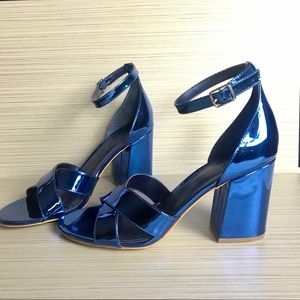 Guess Metallic Blue Chunky Heel Ankle Straps 9.5